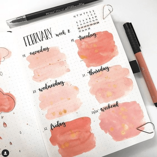 watercolour pink  bullet journal weekly spread