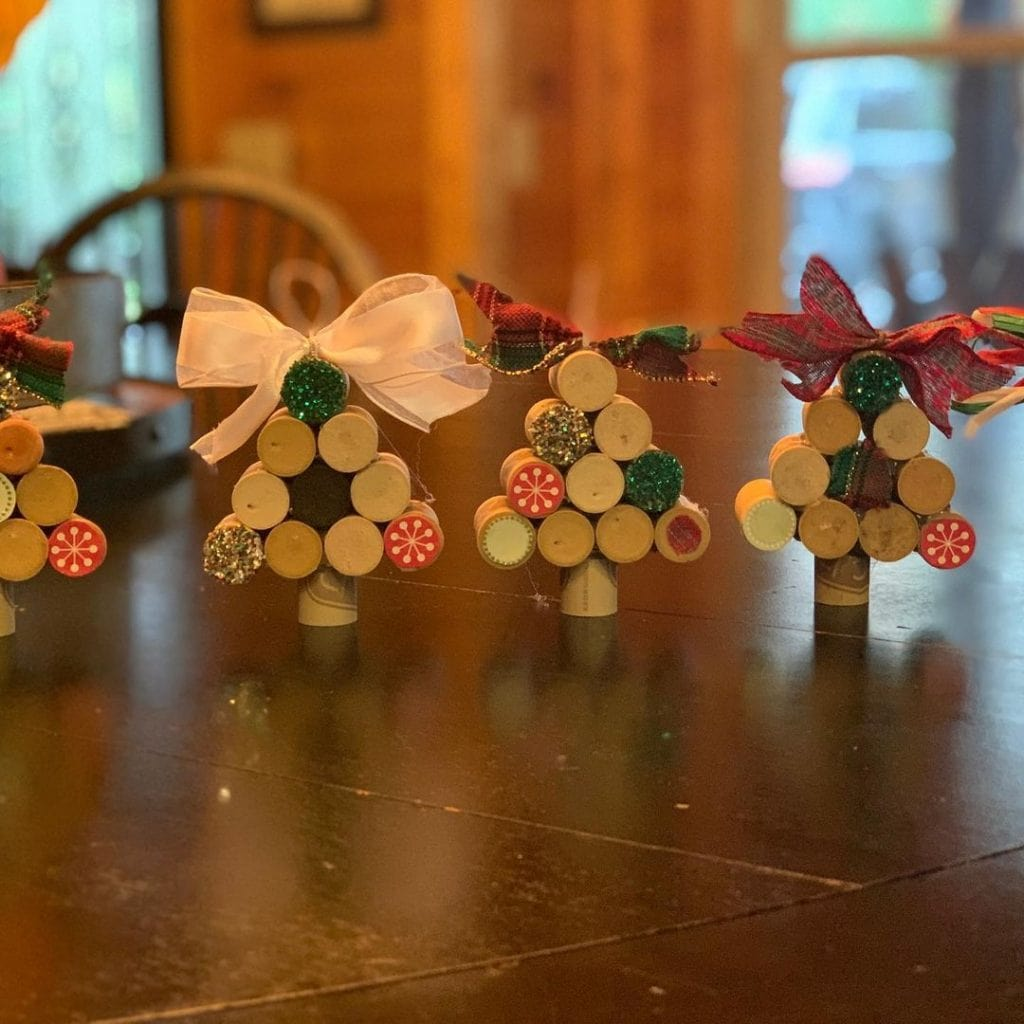 Wine Cork Crafts Christmas Decorations 2