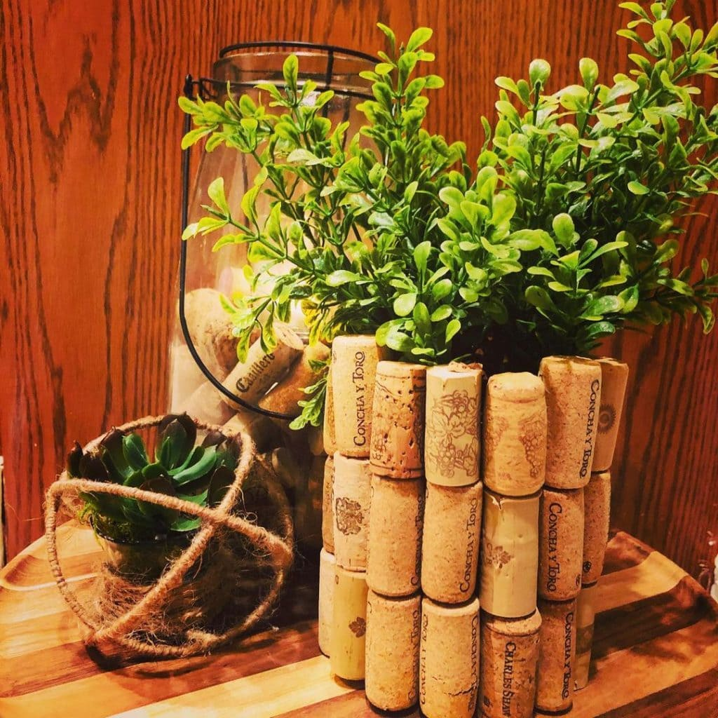 Wine Cork Crafts Containers and Planters 1