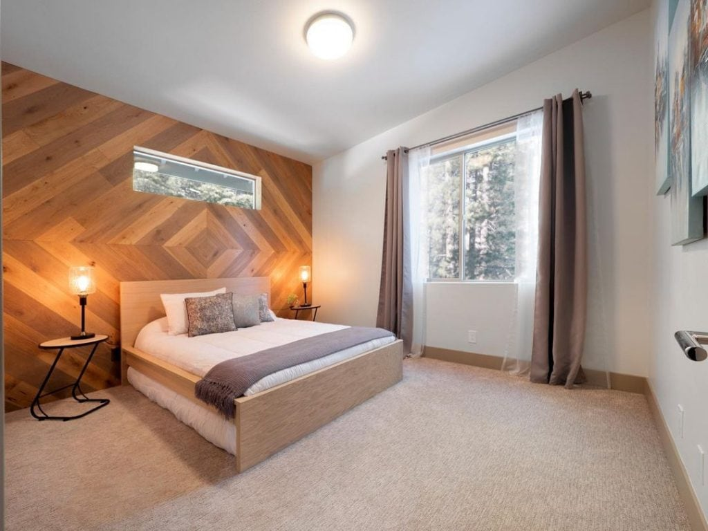 Wood Accent Wall 18