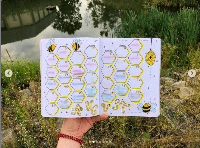 bee theme august bullet journal 3