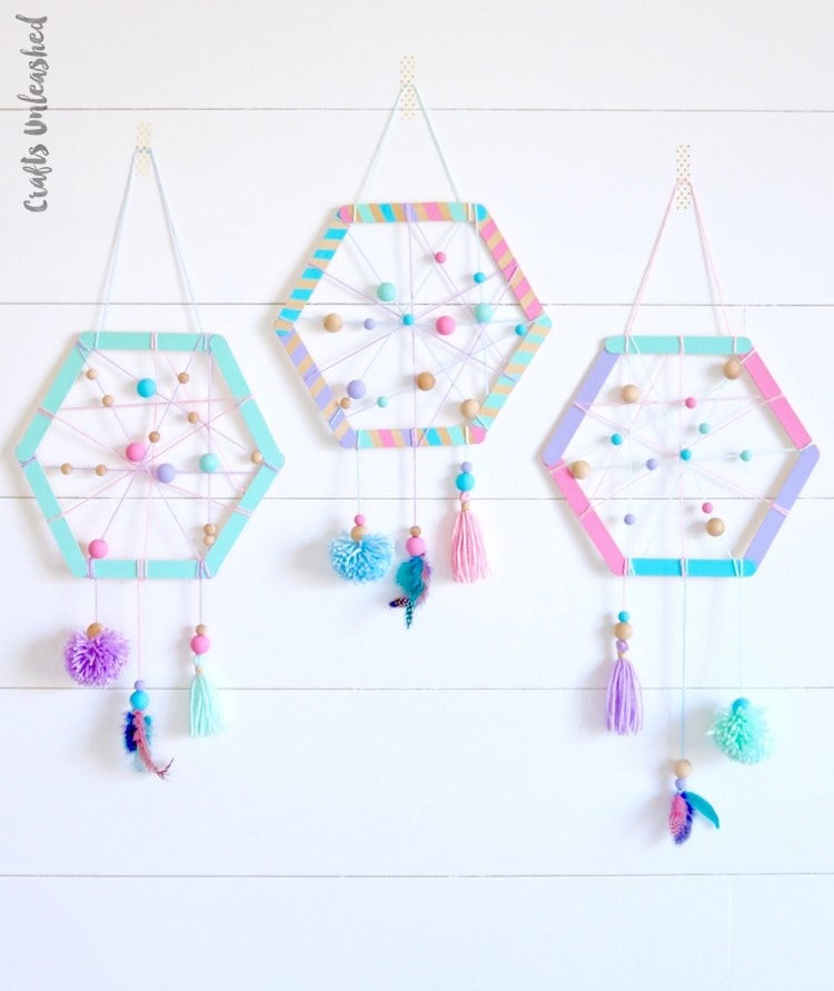 DIY dreamcatcher Popsicle stick crafts for toddlers