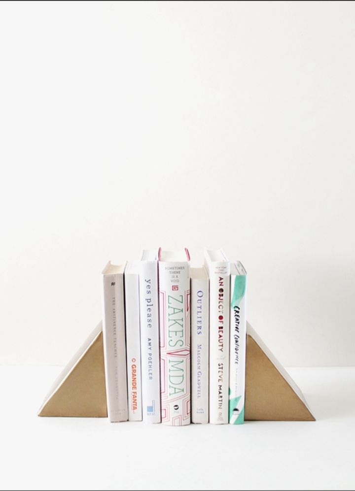 Diy-triangle-bookends
