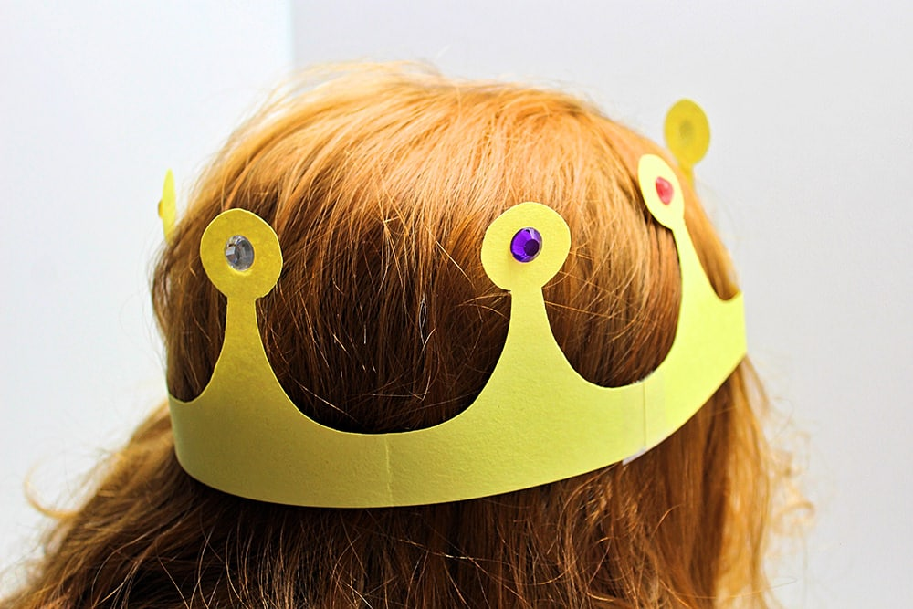 Yellow Paper Crown
